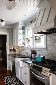 Ideas For Galley Kitchen Makeover by Best 25 Galley Kitchen Remodel Ideas Only On Pinterest Galley