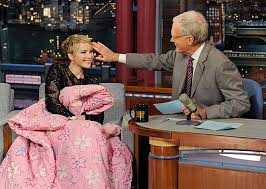 David Letterman Desk Fashion Moments The Late Night Show With David Letterman Instyle Com