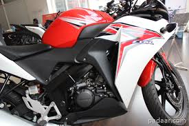 honda cbr 150r price and mileage honda cbr 150r review features specs and on road price india
