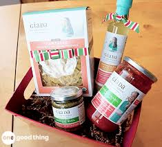 last minute gift baskets same 20 simple last minute gift ideas from your grocery store one