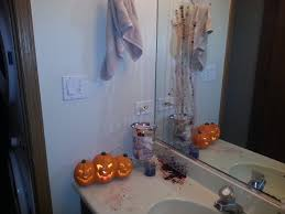 diy halloween bathroom decor or how chrissy is seriously twisted