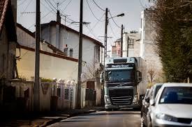who makes volvo trucks reality road volvo trucks