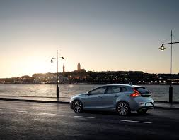 V40 Volvo Review V40 First Drive Review