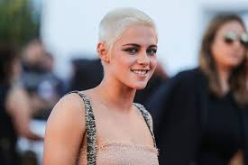 hair buzzed and growing out stages pics kristen stewart s grown out buzz cut is our new favorite hair