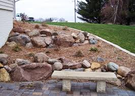 large landscape boulders best landscape boulders ideas