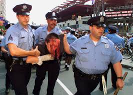 police were brutal during the 2000 rnc but they seem to have