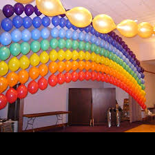 quite an unusual choice for balloon decoration ideas but a very