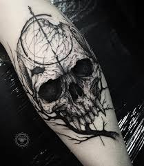 creepy skull and branch photo instagram tats