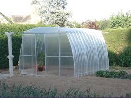 serre tunelle de jardin la serre de jardin jardi serre obtenez de beaux légumes de