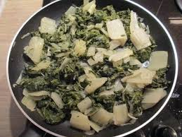 cuisiner le vert des blettes la poêlée de blettes à la niçoise une recette végétarienne