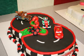 lightning mcqueen birthday cake 1000 images about cars on lightning mcqueen cake car