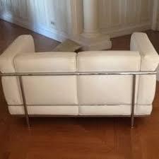 canapé lc3 lit ondulis 160x200cm simili blanc avec leds des leds dans la