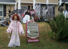 cool halloween decorations to make at home spooky outdoor halloween decorations home furniture