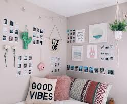 minimalist dorm room awesome minimalist dorm room decor inspirations on a budget