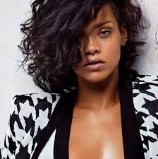 sexy styles for long curly layered hair using clips and combs rihanna s pretty lovely short curly hair pics 11 sexy curls