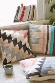 Contemporary Throw Pillows For Sofa by Best 25 Aztec Pillows Ideas On Pinterest Aztec Decor