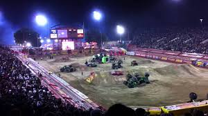 grave digger 30th anniversary monster truck toy grave digger 30th anniversary celebration monster jam world finals