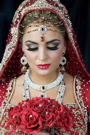 bridal makeup sets how to do bridal makeup at home in 10 easy steps akhbar