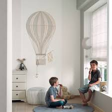 heißluftballon kinderzimmer jules et julie wandbild heißluftballon weiß beige grau