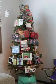 displaying christmas cards who arted