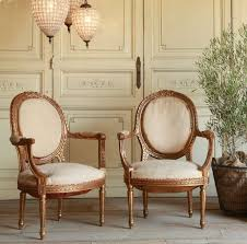 Antique French Settee 103 Best Antique French Furniture Images On Pinterest Antique