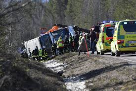 Six Flags Texas Accident Swedish Bus Crash Leaves 3 Dead 20 Injured Mostly Students