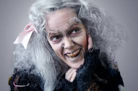 Adam Family Halloween Costumes by The Addams Family U0027 Actress Amanda Bruton Says Matriarch Grandma Is