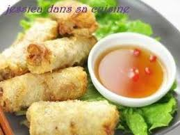 cuisiner des nems recettes de nems au poulet