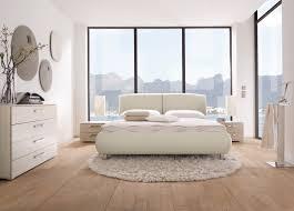 schlafzimmer beige wei haus renovierung mit modernem innenarchitektur schönes