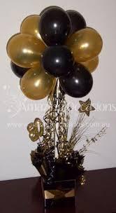 graduation balloon centerpiece cool balloon ideas pinterest