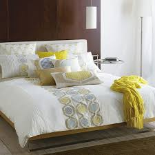 Bed Design Ideas by Decorative Pillows For Bed For Furniture Home Designoursign
