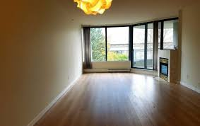 Laminate Flooring Surrey Bc 308 13383 108 Avenue Surrey Bc White Rock Real Estate