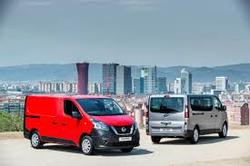 nissan van 2017 nissan nv300 replaces primastar van autoevolution