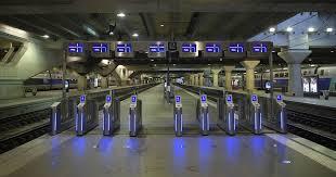 bureau de poste gare montparnasse 5 choses à savoir sur la gigantesque panne de la gare montparnasse