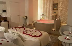 week end romantique avec dans la chambre meilleur mobilier et décoration cool petit chambre avec cheminee