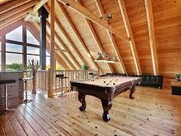 salle de jeux pour adulte carcajou au chalet en bois rond