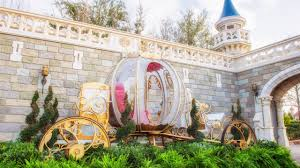 cinderella s coach disney photopass celebrates s day by bringing out