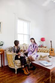 entertaining house guests what they really notice apartment therapy