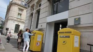 le bureau le mans grève au bureau de poste de la république ce mardi