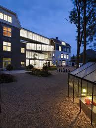100 sc zc home studio design srl hm twitter mar2012 jpg