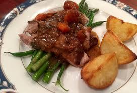 roast leg of lamb crispy potatoes u0026 gravy u2013 young and hungry