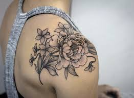 80 beautiful back shoulder tattoo designs florals gray and walls