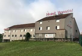chambres d hotes besancon hôtel vesontio besançon a besançon entièrement rénové