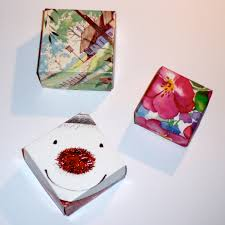 clairenobledesign how to make a christmas gift box