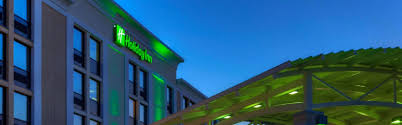 holiday inn winnipeg airport polo park hotel by ihg