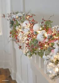 Christmas Garland Decorating Ideas by Best 25 Christmas Garlands Ideas On Pinterest Garland Ideas