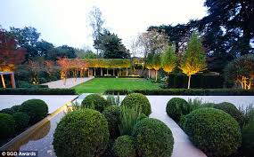 images of beautiful gardens a peek inside britain s most beautiful gardens daily mail online
