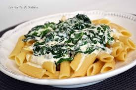 cuisine epinard recette de pâtes penne sauce crémeuse aux épinards et gorgonzola