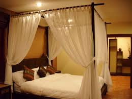 delue sharp four poster bed canopy andrea outloud