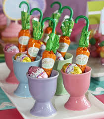 Decorating Easter Egg Cupcakes by 89 Best Egg Cups Images On Pinterest Egg Cups Vintage Egg